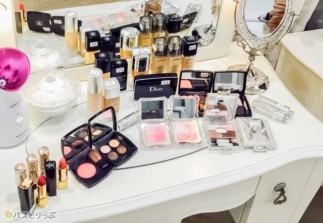 国内外の有名メーカーの化粧品がたくさん!.JPG