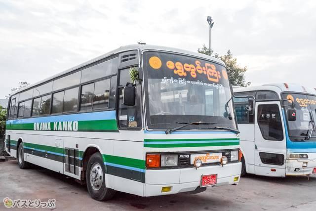 香川県を走る大川観光のバス