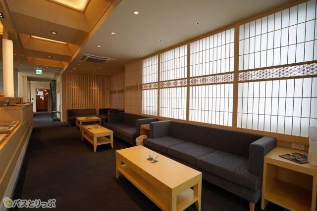 「奈良の森ホテル」自由に使えるラウンジスペース
