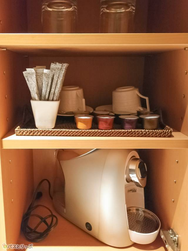 エスプレッソマシン! と4種類のコーヒーカプセル