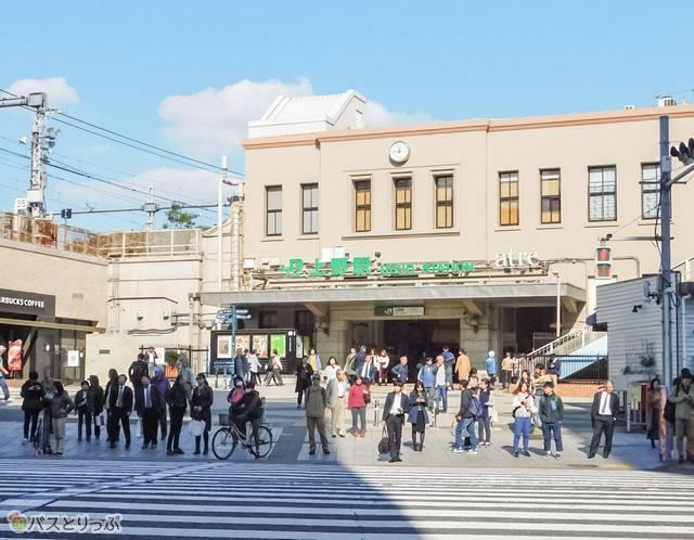 広小路口は上野駅の中央改札からまっすぐ
