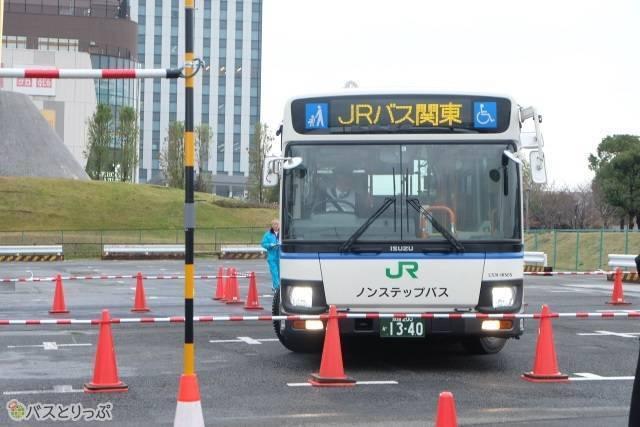 全国JRバスグループ運転競技会3.jpg