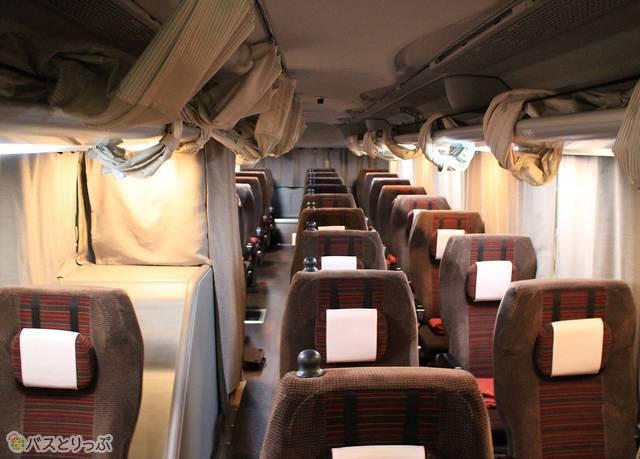 座り心地の良いシートが並ぶ「プリンセスロード」の車内
