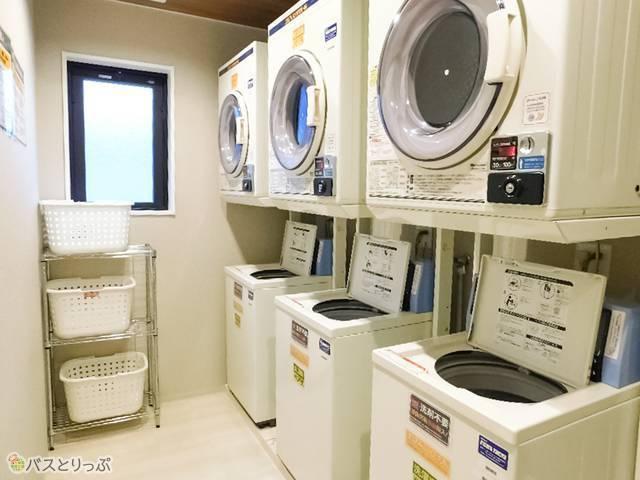 洗濯機・乾燥機は3台ずつ