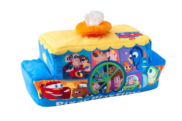 ティッシュボックスカバー 2,200円(c)Disney