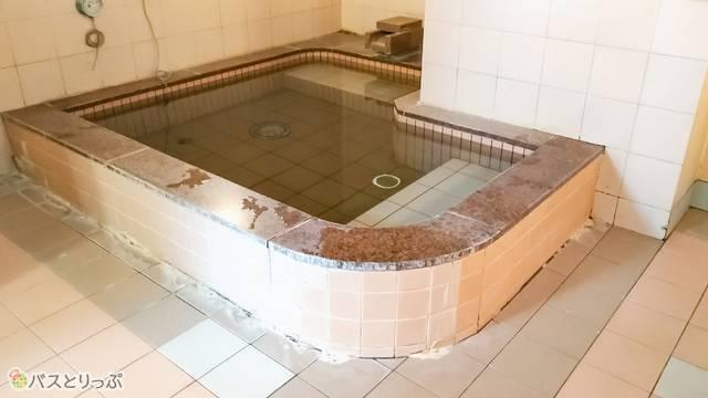 リゾートカプセル桜木町 浴槽