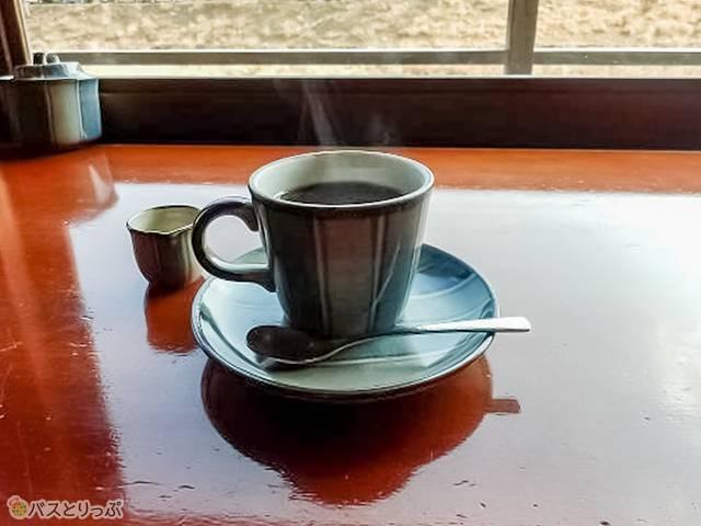 五十鈴川カフェのコーヒー(おはらい町&おかげ横丁で伊勢名物を食べよう)