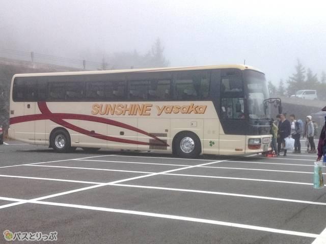 富士山5合目でのバス