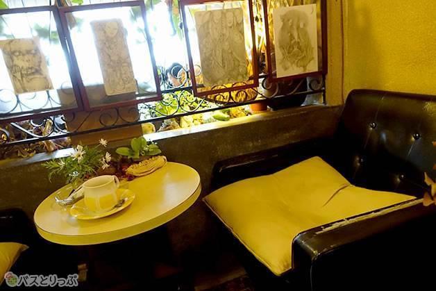 執筆はいつも決まってこの場所(金沢グルメを堪能 行列の「メロンパンアイス」と近江町市場の美味しい「回転寿司」)