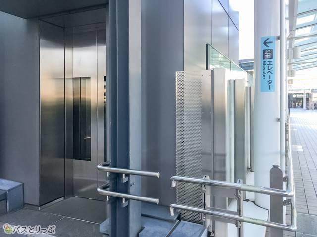 エレベーターでもアクセスできるので安心