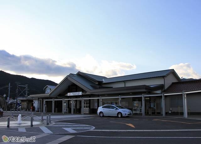 三重交通「松阪熊野線」 1712_46 熊野市駅前_02.jpg