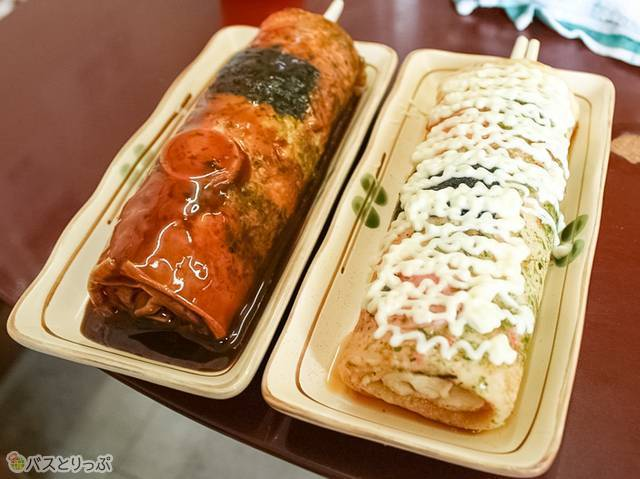 左:どんどん焼きソース味 190円  右:チーズどんどん 290円(山形駅から徒歩圏内で山形グルメを食べ尽くす!)