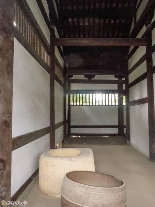 日本最古のトイレ「東司(とうす)」(髪の神様も! 京都・出町柳から自転車でおもしろ神社をめぐる)