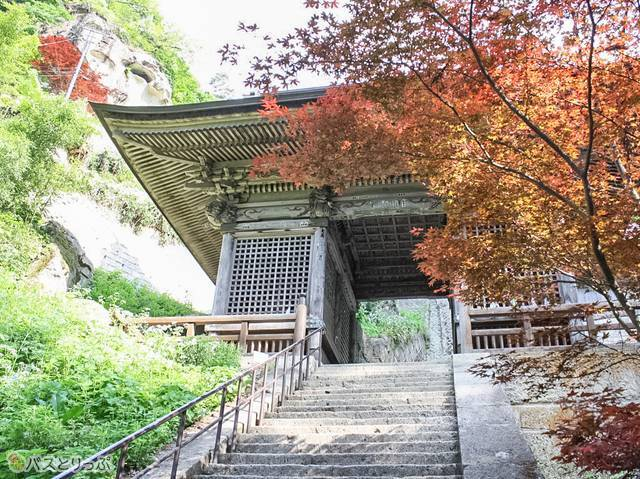 仁王門(山形の山寺へ)