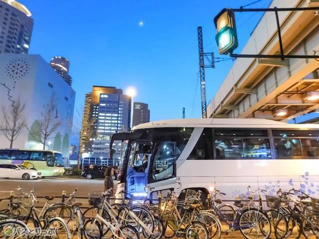 到着は18時過ぎ。大阪・新大阪どちらの駅でも降車OKでした