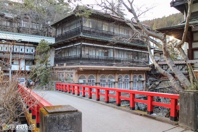 Sekizenkan (積善館)(Shima Hot Spring vol.4 with a Featured Hotel List)