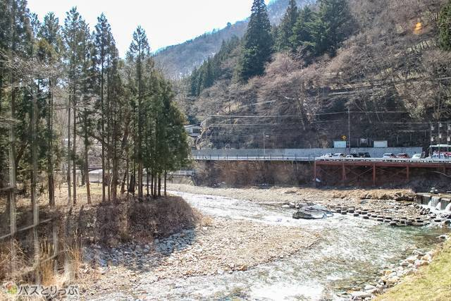 Nice river scenery viewed from the window(Shima Hot Spring vol.5 gifts and souvenirs)