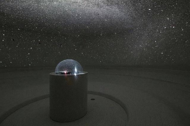 満天の星を眺めながらリラックスできるヒーリングルームも 画像提供:SPA&HOTEL水春 松井山手