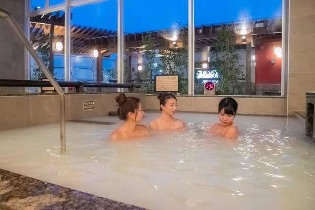 ゆったり身体が温まる「ミルクイオン風呂」 画像提供:SPA&HOTEL水春 松井山手