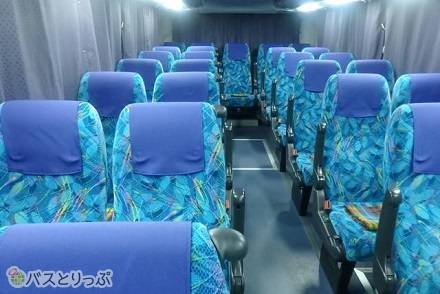 千葉みらい観光バスの高速バス「KBライナー」はどんな4列シート? 車内設備・運行路線まとめ