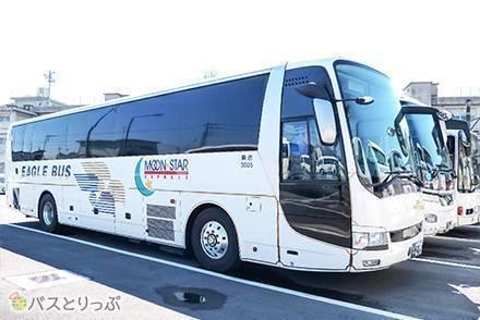 長時間移動でも車内は快適&意外なメリット 大阪~川越を約10時間かけて高速夜行バス「イーグルバス・ムーンスター号」で移動