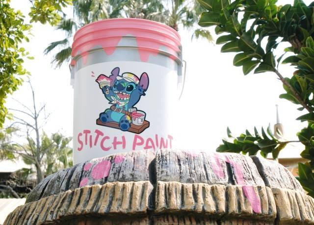 (c)Disney 「リロ&スティッチのフリフリ大騒動~Find Stitch!~」のデコレーション