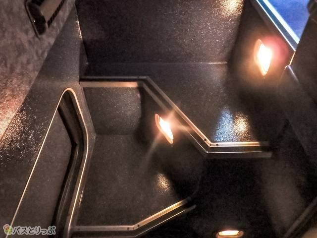 トイレの階段