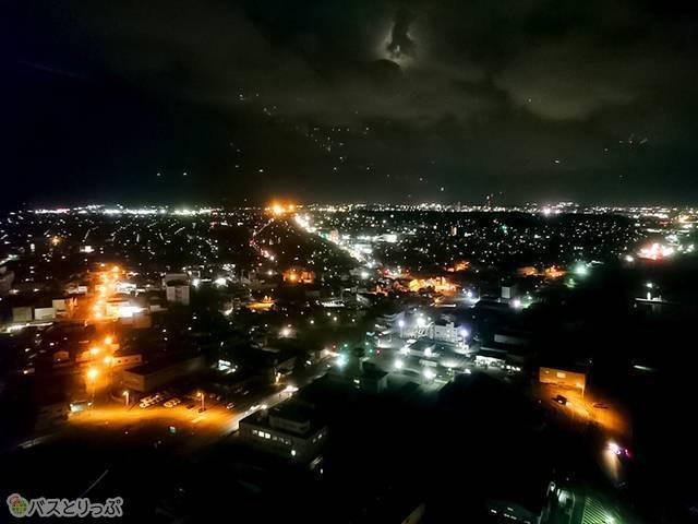 秋田市内方面の夜景