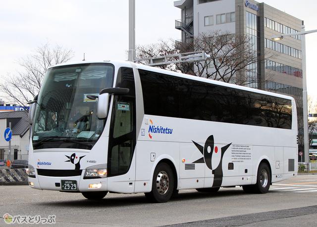 福岡~名古屋線「どんたく号」の車両外観