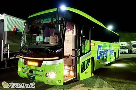 グリーンライナー(丸一観光)で金沢から東京へ 無料Wi-Fiと3列独立シートで快適な夜行バスの旅