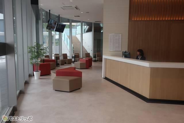 「バスステーション広島駅北口」では、切符を購入することもできます
