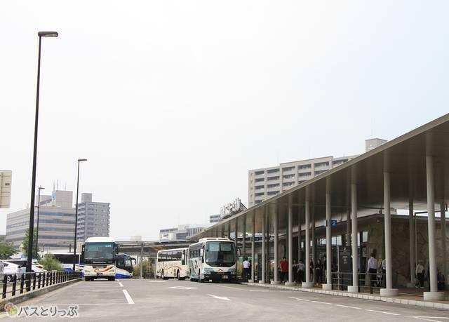 高松駅高速バスターミナル