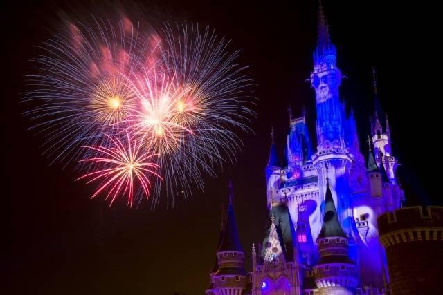 「ナイトハイ・ハロウィーン」(c)Disney