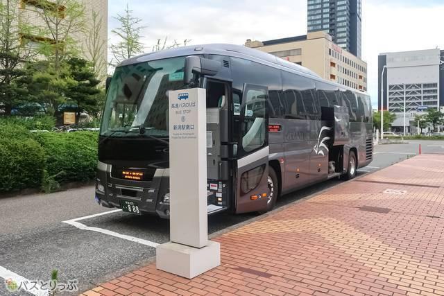 この後まだいくつかのバス停を通り終点「新発田駅前」へ