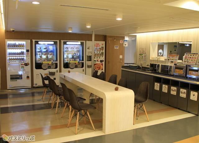 津軽海峡フェリー「ブルードルフィン」オートレストランコーナー