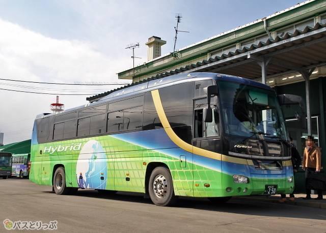 道南バス「高速白鳥号」
