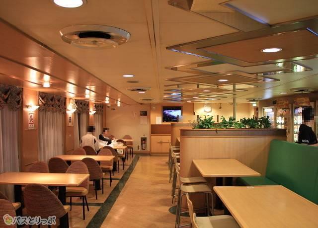 シルバーフェリー「シルバークイーン」_10 Aデッキ(6階) オートレストラン_02.jpg