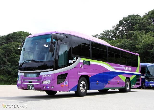 大阪線「白浜エクスプレス大阪号」新型車両(貸切兼用)