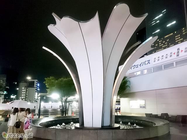 名古屋駅太閤通口にある「ゆりの噴水」