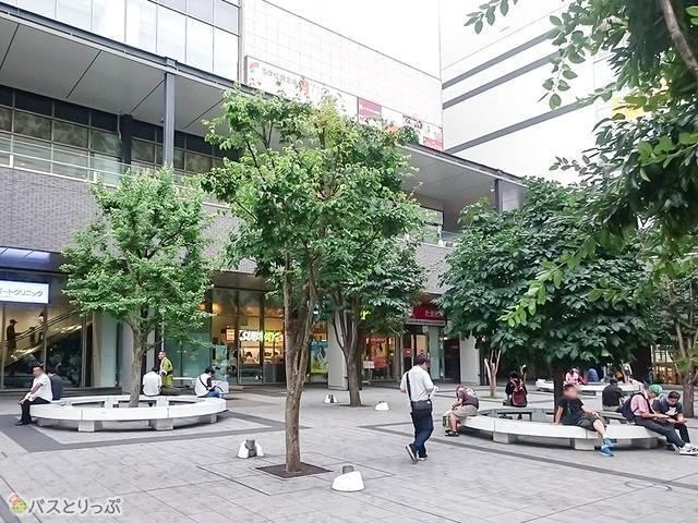八王子駅南口広場