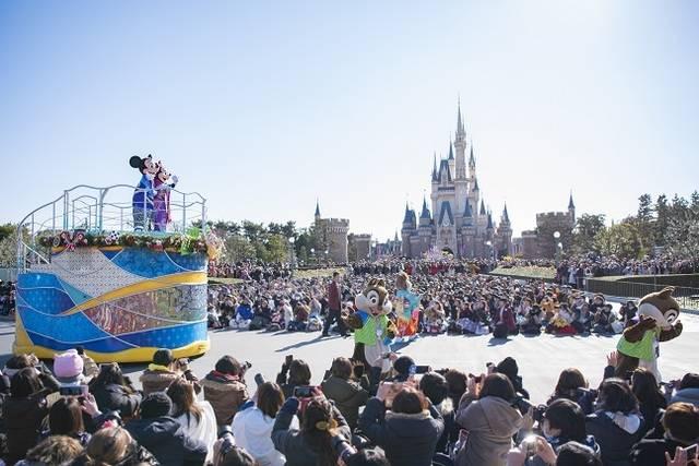 ニューイヤーズ・グリーティング(2019年)(c)Disney