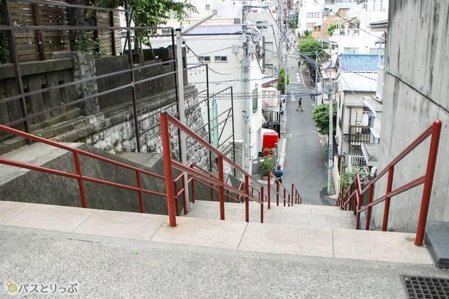 階段の一番上からの景色はこんな感じ