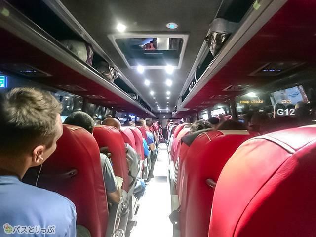 East-West Eurolinesバス車内