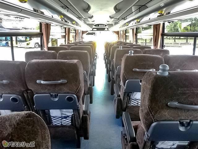 中日本ツアーバス車両内観