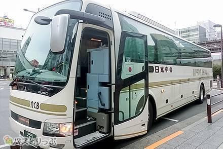 金沢~東京間を高速バス移動! トイレ付き&3列独立シートで快適、日本中央バス乗車体験レポート!