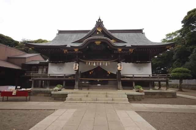 御岩神社・三本杉