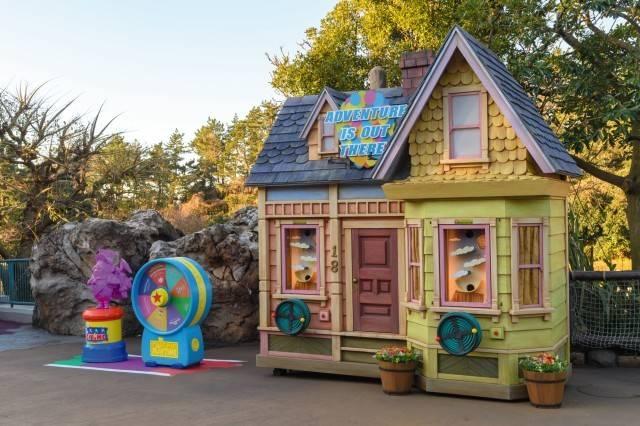 ゲームブース 『カールじいさんの空飛ぶ家』(c)Disney/Pixar