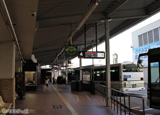 広島バスセンターのバスのりば