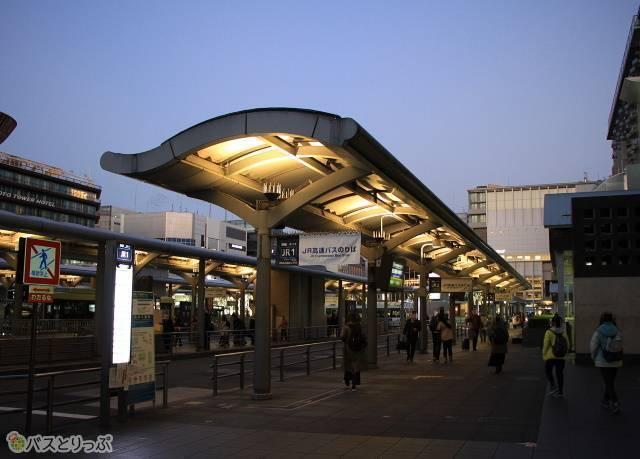 京都駅烏丸口のJRバスのりば