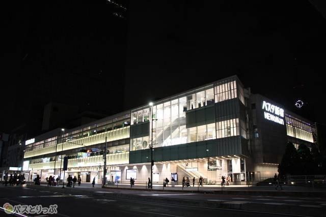 日本最大級の高速バスターミナル「バスタ新宿」
